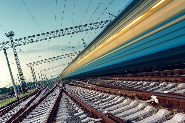 Gigantyczna sieć kolejowa połączy centralne lotnisko z największymi miastami /©123RF/PICSEL