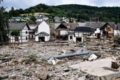 Gigantyczne zniszczenia po potężnej powodzi w Niemczech