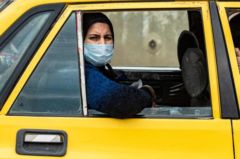 GIS rekomenduje antywirusowe przegrody dla taksówkarzy /AFP