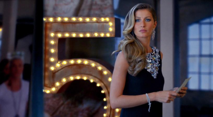 Gisele Bundchen w reklamie perfum Chanel No. 5 /Ferrari Press /East News