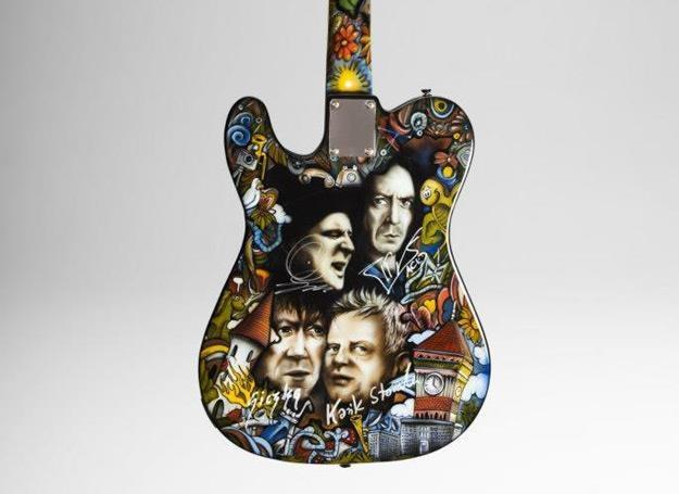 Gitara Fender Telecaster przygotowana na Przystanek Woodstock 2012 /materiały promocyjne