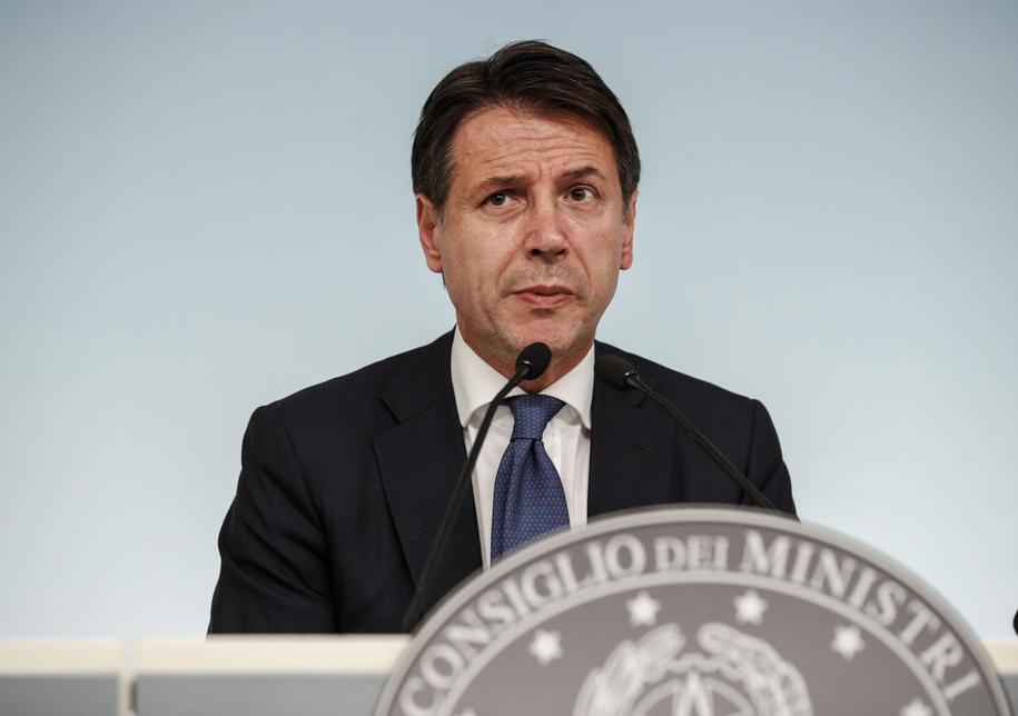 Giuseppe Conte /GIUSEPPE LAMI /PAP/EPA