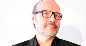 """Paryski korespondent RMF FM od 1999 r. Wcześniej był korespondentem we Francji m.in. dzienników """"Życie Warszawy"""" i """"Życie"""", a także polskiej sekcji BBC. Współpracował też m.in. z """"Gazetą Wyborczą"""", """"Art & Valeur"""", TVP, TVN, TV Polsat i TOK FM. Przeprowadził wywiady z wieloma znanymi francuskimi politykami, literatami i myślicielami oraz gwiazdami światowego show-biznesu. Zasiadał m.in. w jury przyznającym prestiżowe nagrody filmowe Prix Lumieres de la Presse Internationale. Jest też członkiem Stowarzyszenia Prasy Zagranicznej we Francji."""
