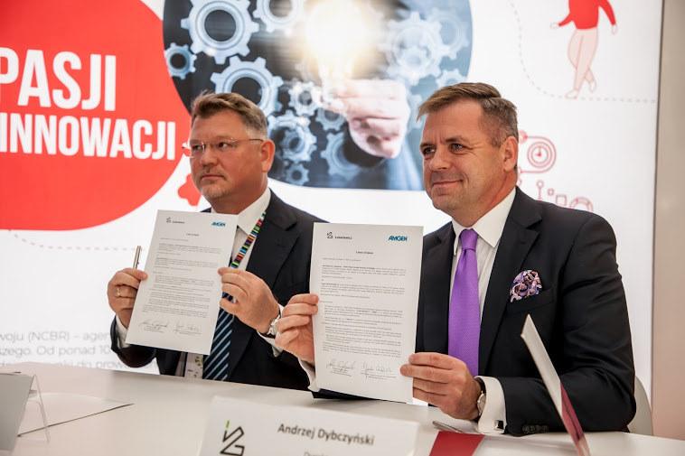 Globalna firma biotechnologiczna i farmaceutyczna Amgen podczas Kongresu 590 w Jasionce koło Rzeszowa podpisała list intencyjny o współpracy z polską Siecią Badawczą Łukasiewicz /INTERIA.PL