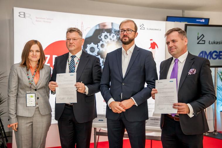 Globalna firma biotechnologiczna i farmaceutyczna Amgen podpisała podczas Kongresu 590 w Jasionce koło Rzeszowa list intencyjny o współpracy z polską Siecią Badawczą Łukasiewicz /INTERIA.PL