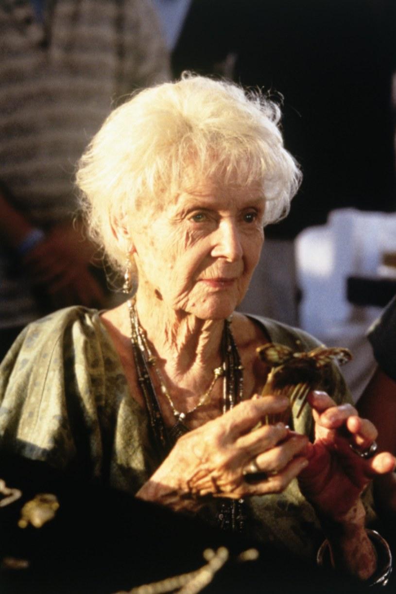 """Gloria Stuart miała 87 lat, gdy nagrodzono ją Oscarem za rolę w """"Titanicu"""" /materiały prasowe"""