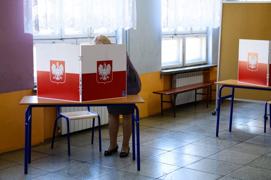 Głosowanie będzie odbywać się 28 czerwca w godzinach 7-21. /Jakub Kaczmarczyk /PAP