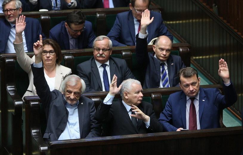 Głosowanie w Sejmie /Rafał Guz /PAP