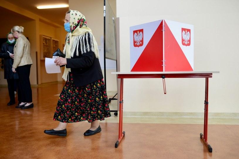 Głosowanie w Zakopanem /AFP