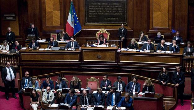 Głosowanie we włoskim Senacie nad budową kolei na trasie Turyn-Lyon /ANGELO CARCONI /PAP/EPA