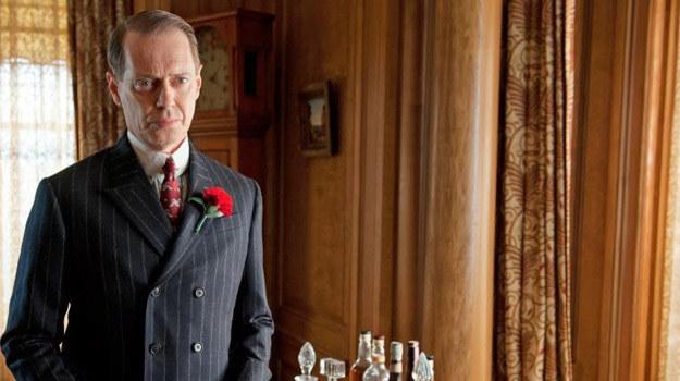 """Główna rolę w """"Zakazanym imperium"""" gra Steve Buscemi /HBO"""