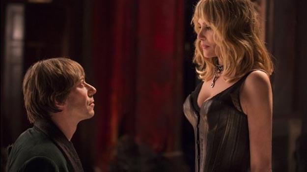 """Główne role w """"Venus in Fur"""" grają: Matthieu Amalric oraz żona Polańskiego - Emmanuelle Seigner. /materiały prasowe"""