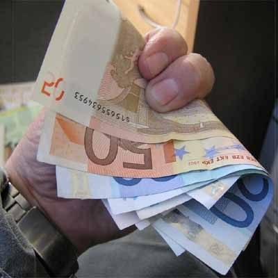 Głównym czynnikiem kształtującym zmiany kursu EUR-PLN będą zmiany na parze EUR-USD /INTERIA.PL