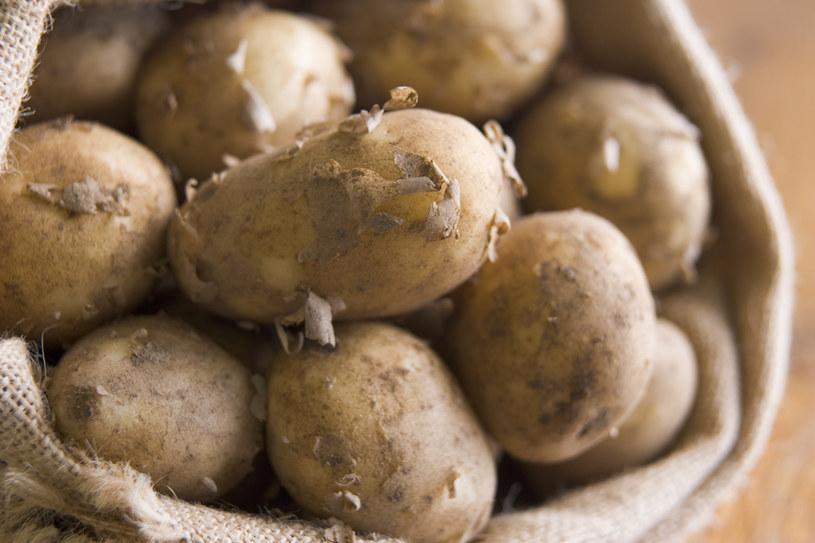 Głównym źródłem witaminy C w diecie Polaków są... ziemniaki /© Photogenica