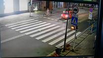 Głupia jazda rowerzysty zakończona potrąceniem