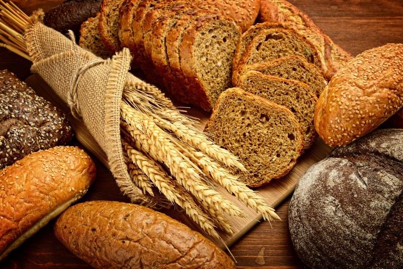 Gluten jest białkiem występującym naturalnie w pszenicy, jęczmieniu i życie /123RF/PICSEL