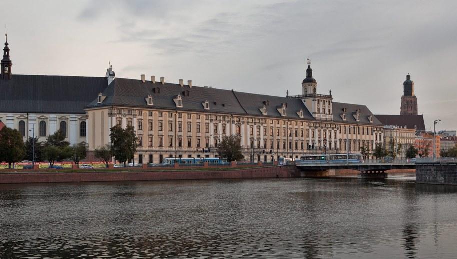 Gmach Uniwersytetu Wrocławskiego / Maciej Kulczyński    /PAP