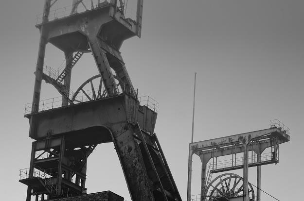 Gminy zwracają kopalniom miliony podatku od nieruchomości /©123RF/PICSEL