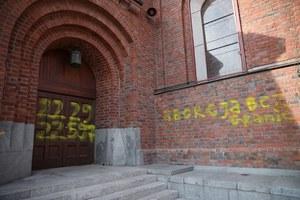 Gniew spadł na Kościół. Niedziela po wyroku
