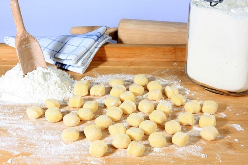 Gnocchi świetnie się sprawdzają jako dodatek do mięs /123RF/PICSEL