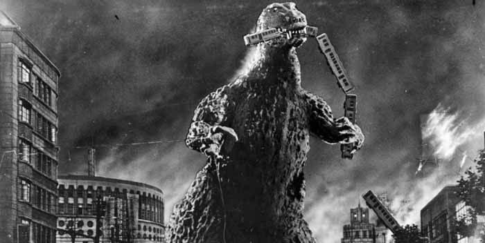 """""""Godzilla - król potworów"""" z 1954 roku /interia /INTERIA.PL"""