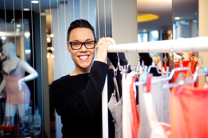 Gok Wan - dzisiaj słynny stylista, niegdyś zakompleksiony chłopak /Getty Images