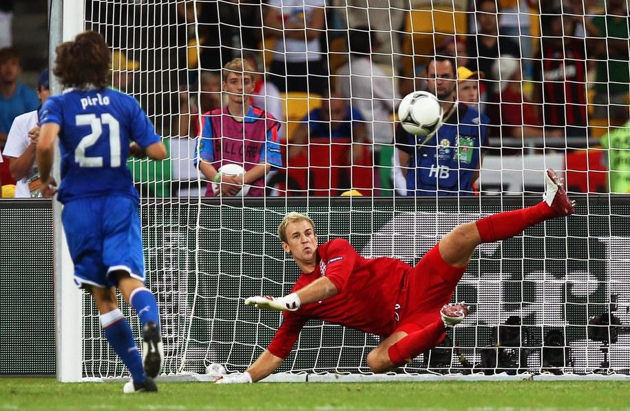 Gol Andrei Pirlo w serii rzutów karnych w meczu Anglia - Włochy, 24 czerwca / /PAP/EPA
