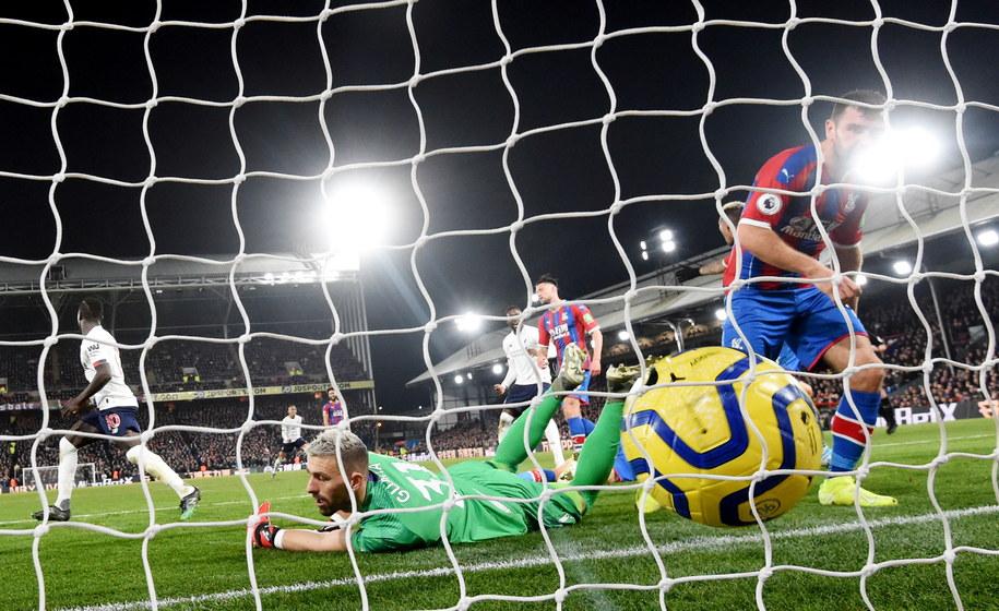 Gol zawdonika Liverpoolu Roberto Firmino w starciu z Crystal Palace /FACUNDO ARRIZABALAGA /PAP/EPA