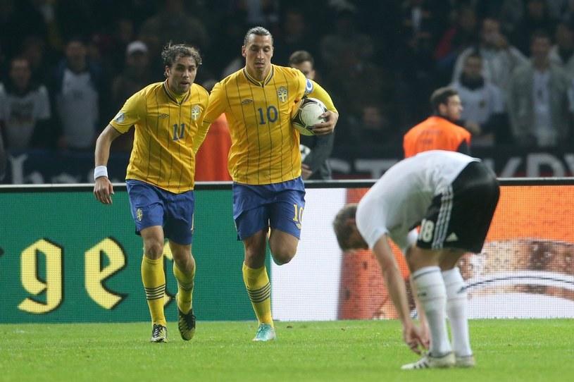 Gol Zlatana Ibrahimovica (w środku) poderwał Szwedów do walki /PAP/EPA