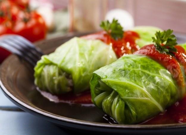 Gołąbki w sosie pomidorowym /123RF/PICSEL