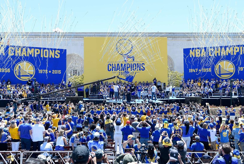 Golden State Warriors świętują tytuł /AFP