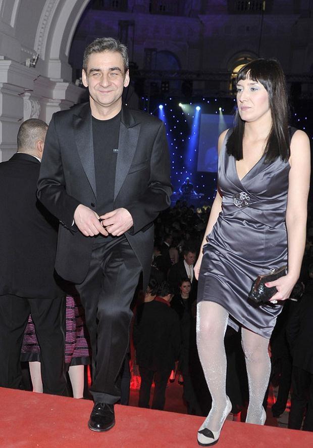 Gonera ze swoją obecną żoną na Balu Dziennikarzy 2011. Fot. Kurnikowski  /AKPA