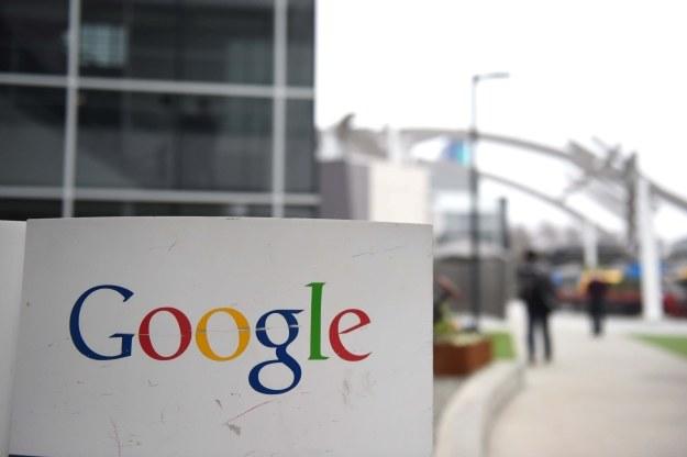 Google (aktualnie należące do powołanego przez siebie Alphabet) w końcu przed Apple /AFP