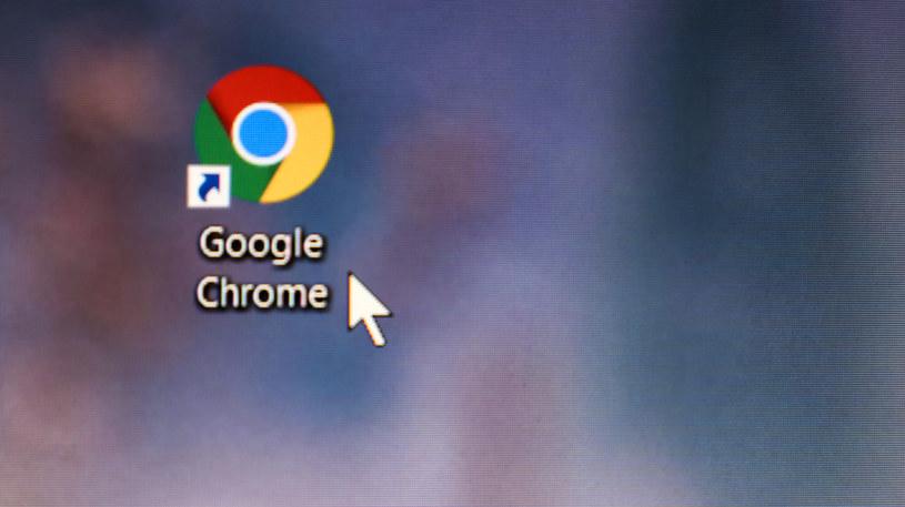 Google Chrome z funkcją grupowania kart /123RF/PICSEL