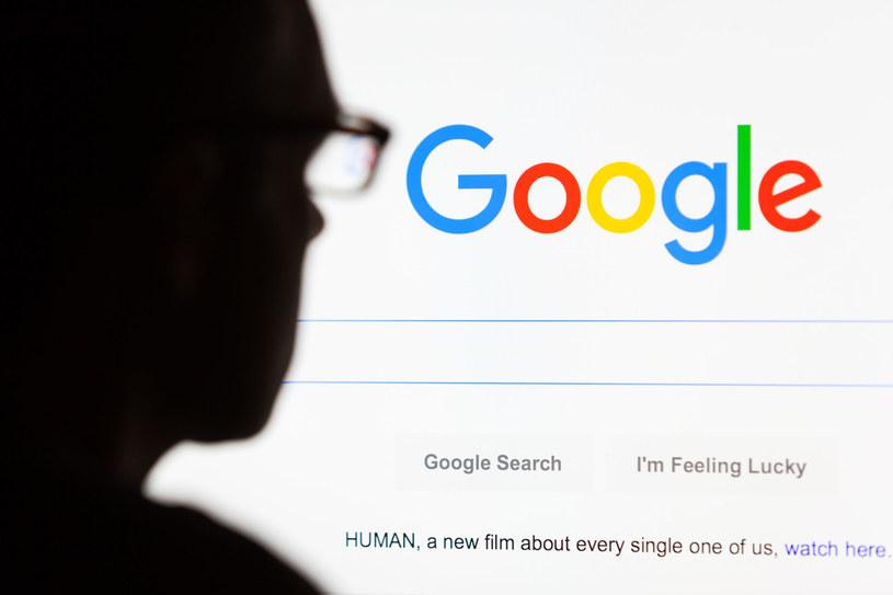 Google jest najbardziej znanym przykładem firmy typu spin /123/RF PICSEL