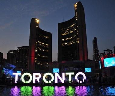 """Google zrezygnowało z budowy """"inteligentnego miasteczka"""" w Toronto"""