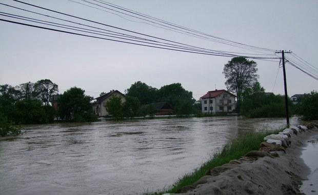 Gorąca Linia: Kolejna fala powodziowa w gminie Borzęcin
