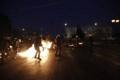 Gorąco w Atenach. Zamieszki w centrum miasta