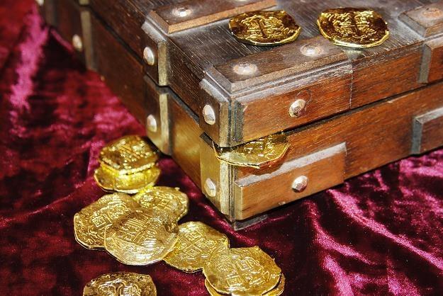 """Gorączka skarbów. Nie tylko """"złoty pociąg"""" skrywa tajemnice /©123RF/PICSEL"""