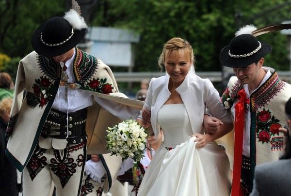 Góralski ślub Anny Guzik Stylpl Twoja Inspiracja Moda Uroda