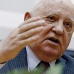 """Gorbaczow: NATO przygotowuje się do zmiany zimnej wojny w """"gorącą"""""""