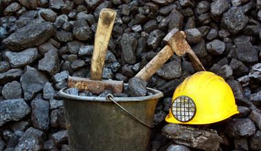 Górnictwo gorącym kartoflem rządu