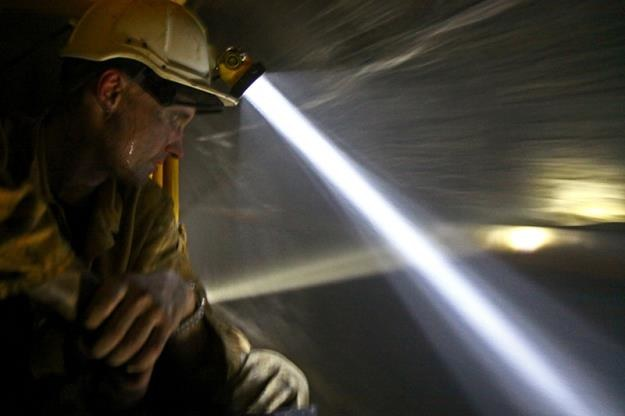 Górnicy nie wyjechali na powierzchnię po nocnej zmianie w kopalni Kazimierz-Juliusz w Sosnowcu /Informacja prasowa