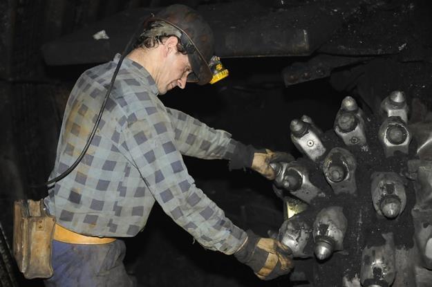 Górnicy z Kompanii Węglowej będą zarabiać mniej? /Informacja prasowa