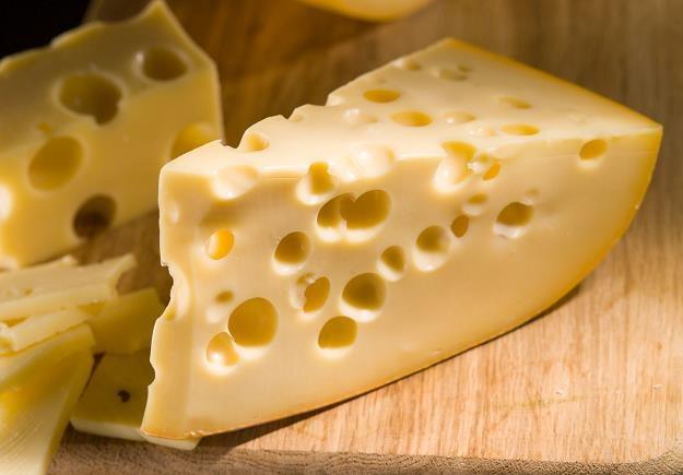 Gorsza jest jakość przetworów mlecznych i mięsnych /©123RF/PICSEL