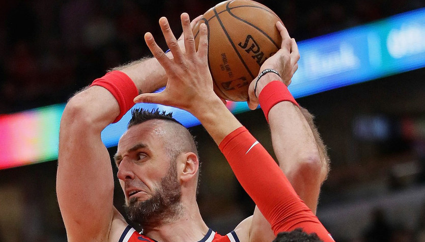 Gortat z sześcioma punktami. Wizards przegrali z Hornets