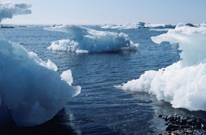 Góry lodowe; Zdj. ilustracyjne /Szymon Barna /East News