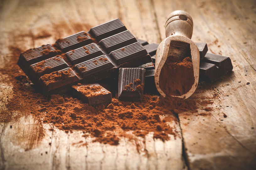 Gorzka czekolada /©123RF/PICSEL