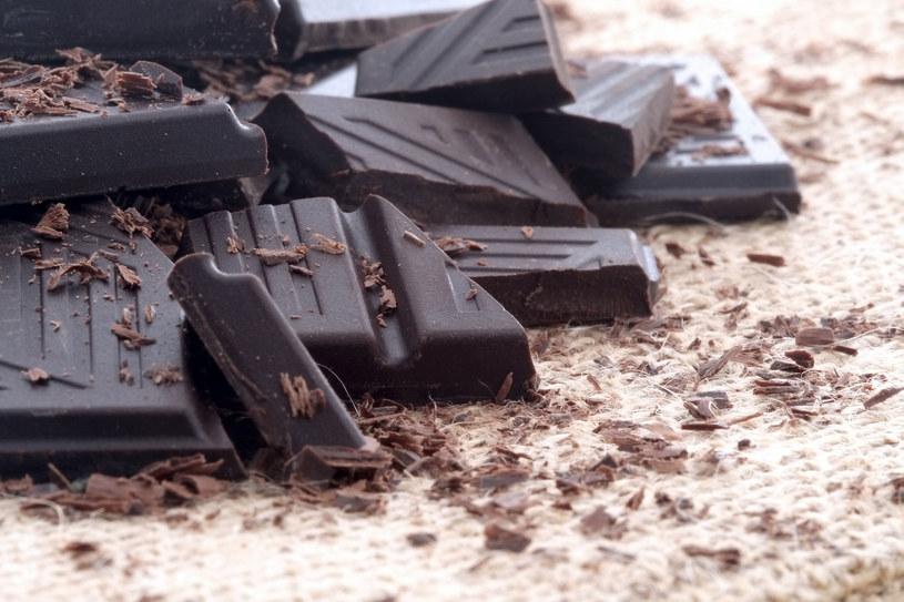 Gorzki smak zmniejsza ochotę na słodkości, co pozwala lepiej kontrolować naganne odruchy żywnościowe /123RF/PICSEL