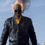 Gość z płonącą czaszką